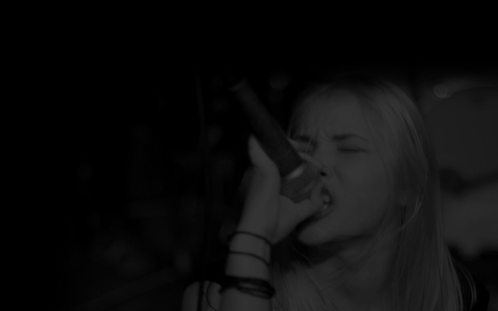 Rocking Karaoke Software Singer